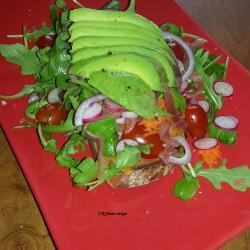 Salade sur tartine
