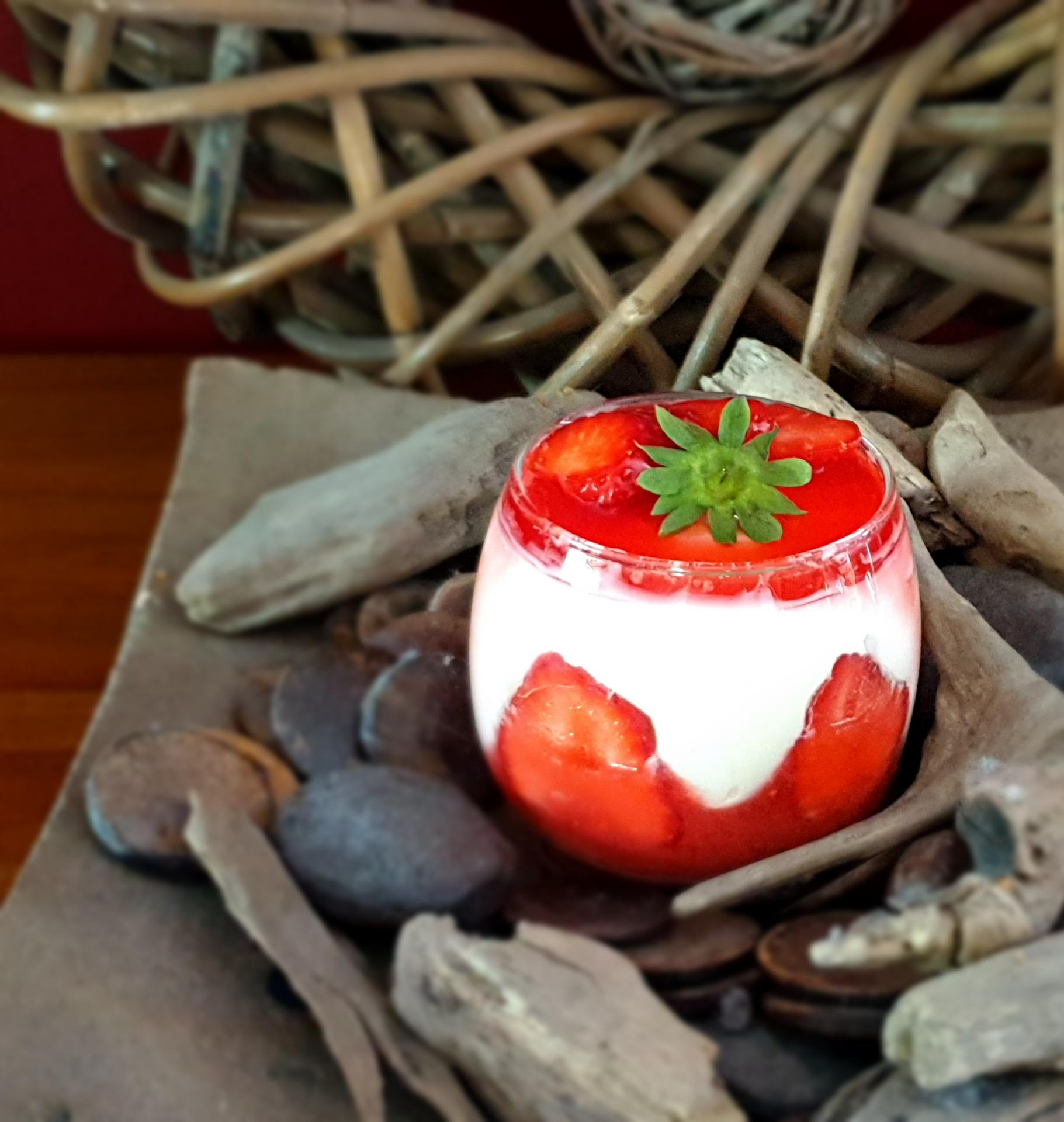 Tiramisu aux fraises et pistache
